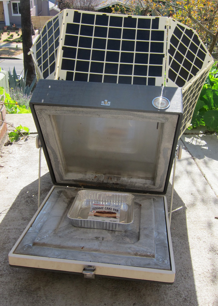 Interior of Sundiner solar cooker