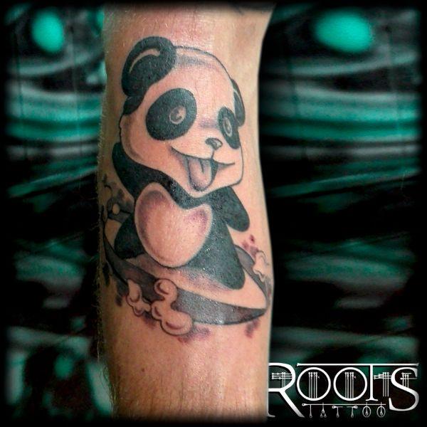 Panda Surfero Roots Tattoo Granada