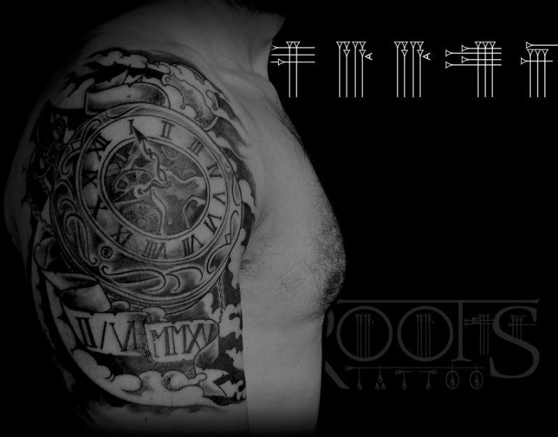 Tattoo Reloj Brazo Hombre Roots Tattoo Granada
