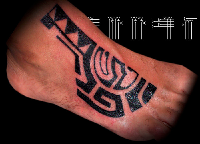 Tatuaje Maorí En Pie Roots Tattoo Granada