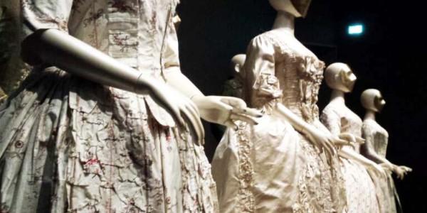 catwalk_rijksmuseum_zijden_japon (2)