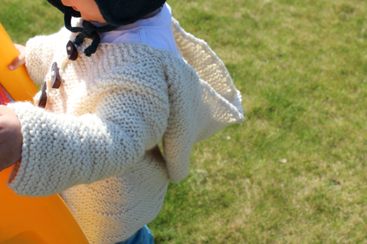 stricken Kinder Cardigan mit Kapuze Waldorf