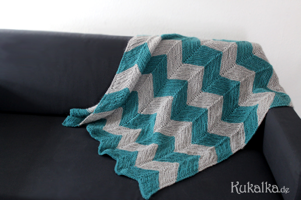 Stricken Chevron Baby Decke