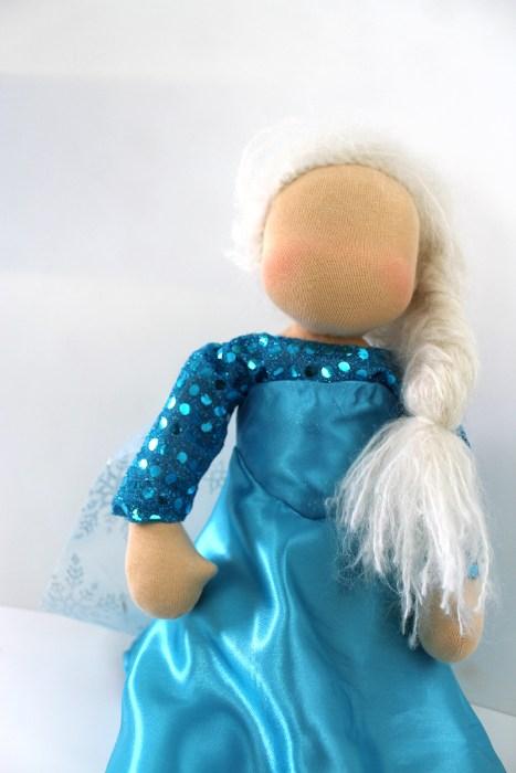 EIskönigin Puppe