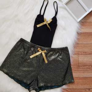 Short Verde Militar Brillante