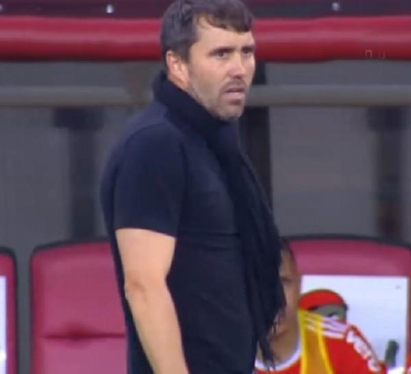 La voz del estadio. Chacho no paró de gritar en todo el partido ante Flamengo.