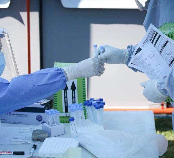 El coronavirus se mantiene en un número elevado en Santa Fe.