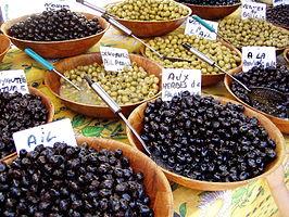 [:nl]Spaanse olijfolie producenten moeten vanwege hittegolf olijfolie gaan importeren[:]