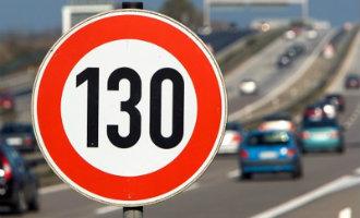 [:nl]Plannen voor 130 kilometer per uur op sommige Spaanse wegen voorlopig van de baan[:]