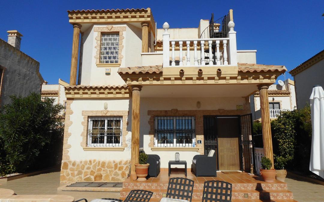 3 Bedroom Detached Villa · El Raso · Guardamar