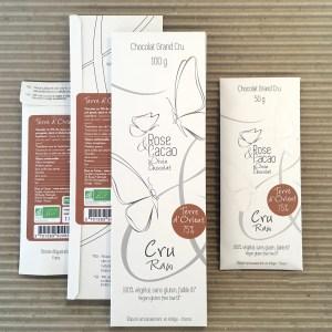 Tablette de chocolat cru bio croustillant, sarrasin épicé cannelle