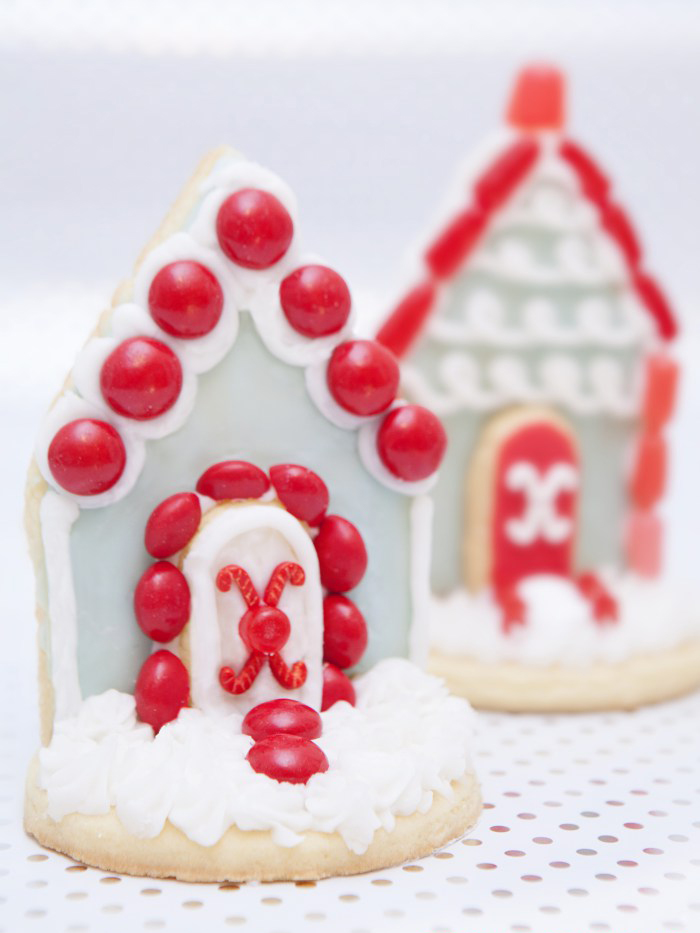 10 Cute Creative Christmas Cookies - Two-Dimensional 2D Sugar Cookie Houses | http://www.roseclearfield.com
