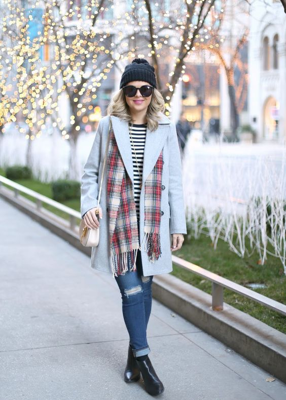 Casual Winter Fashion Inspiration | http://www.roseclearfield.com