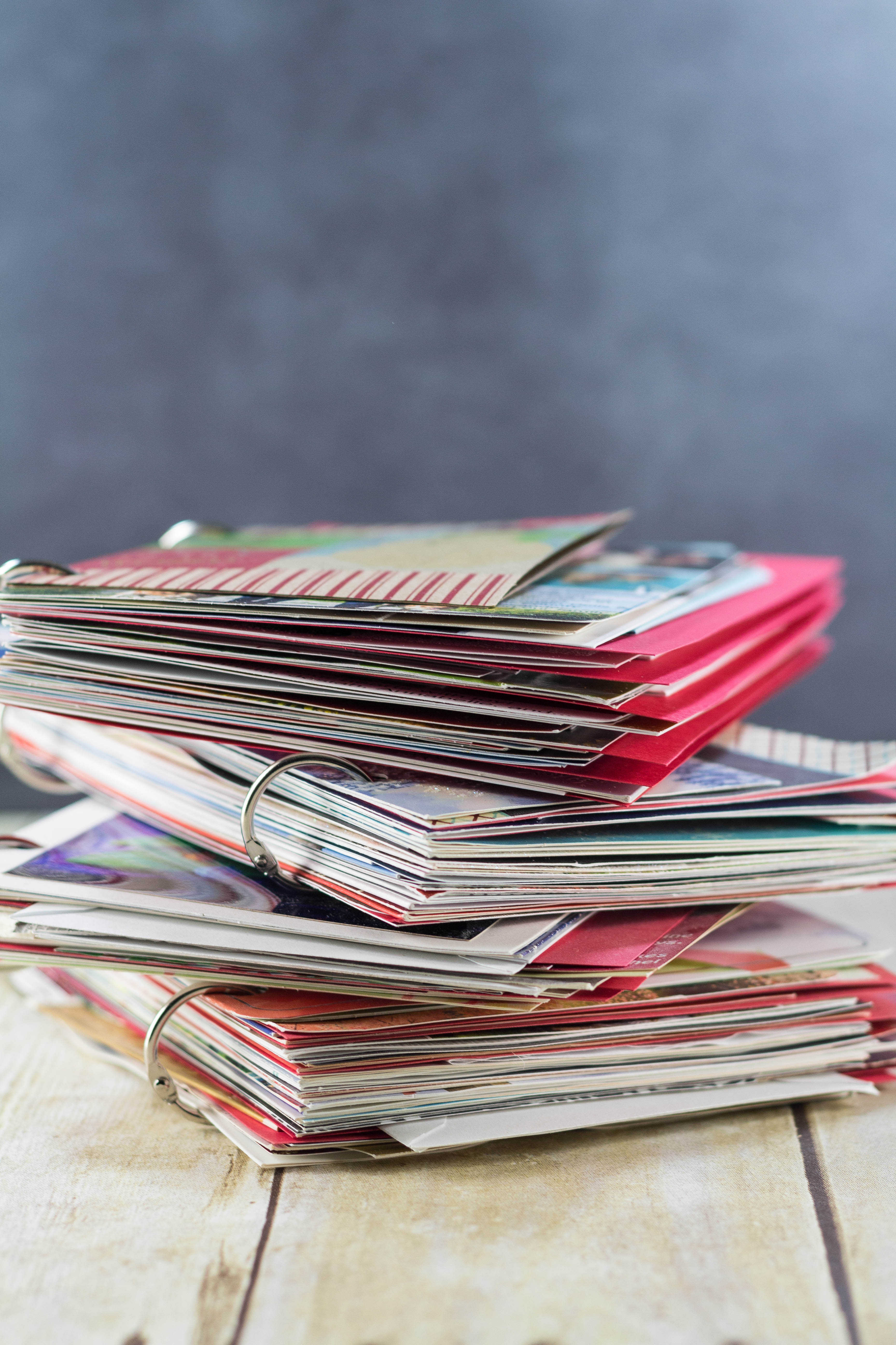 DIY Upcycled Christmas Card Books   http://www.roseclearfield.com
