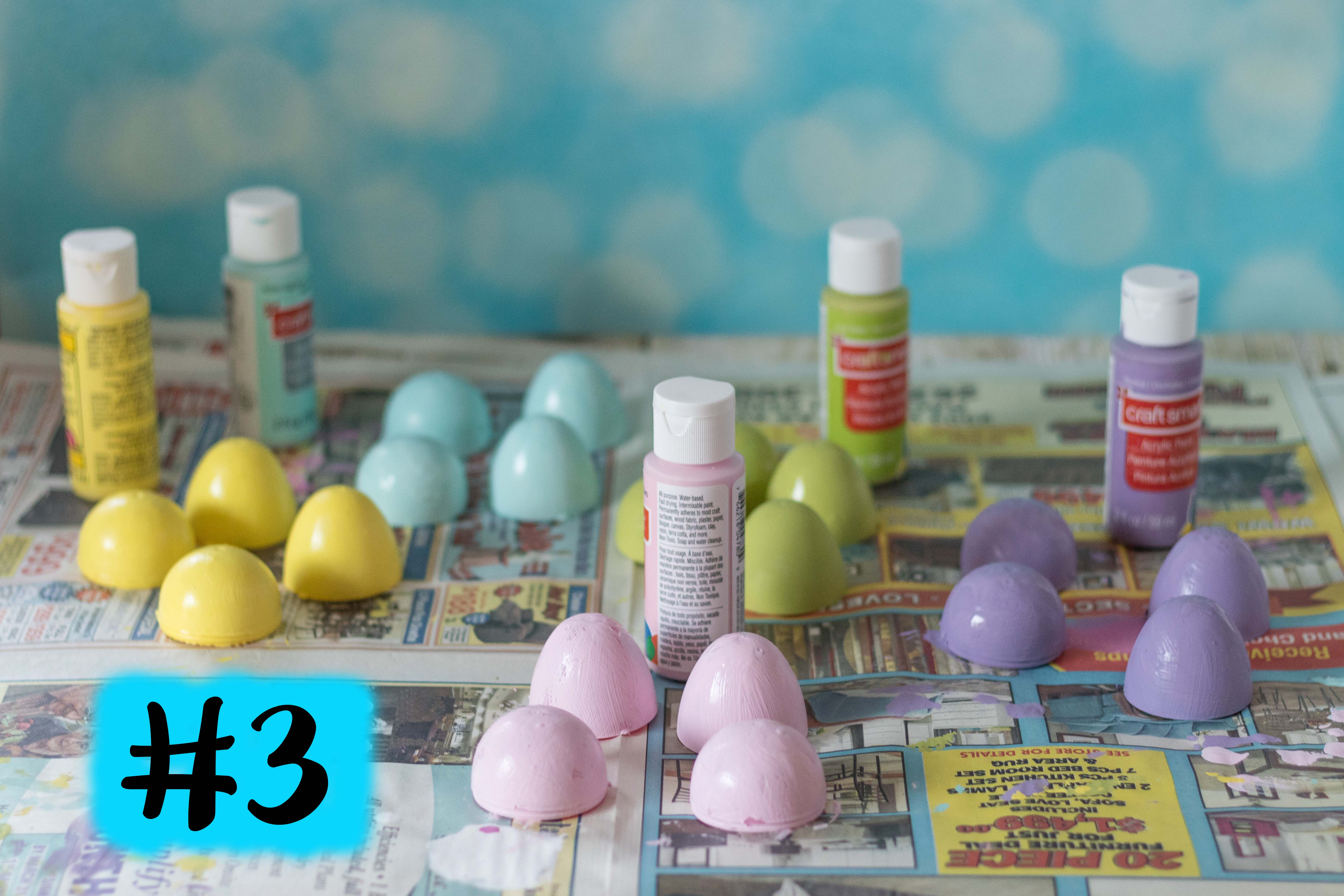 DIY Pastel Painted Speckled Plastic Easter Eggs | http://www.roseclearfield.com
