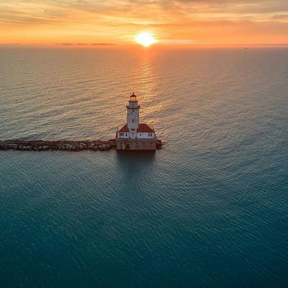 Golden Hour Over Lake Michigan by razdood on Instagram | http://www.roseclearfield.com