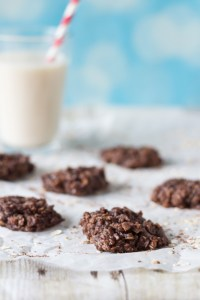 No-Bake Chocolate Oatmeal Peanut Butter Cookies | https://www.roseclearfield.com