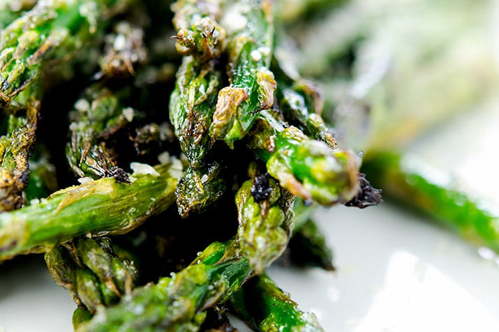 Fourth of July Recipe Ideas - Grilled Asparagus via I'd Rather Be a Chef | http://www.roseclearfield.com