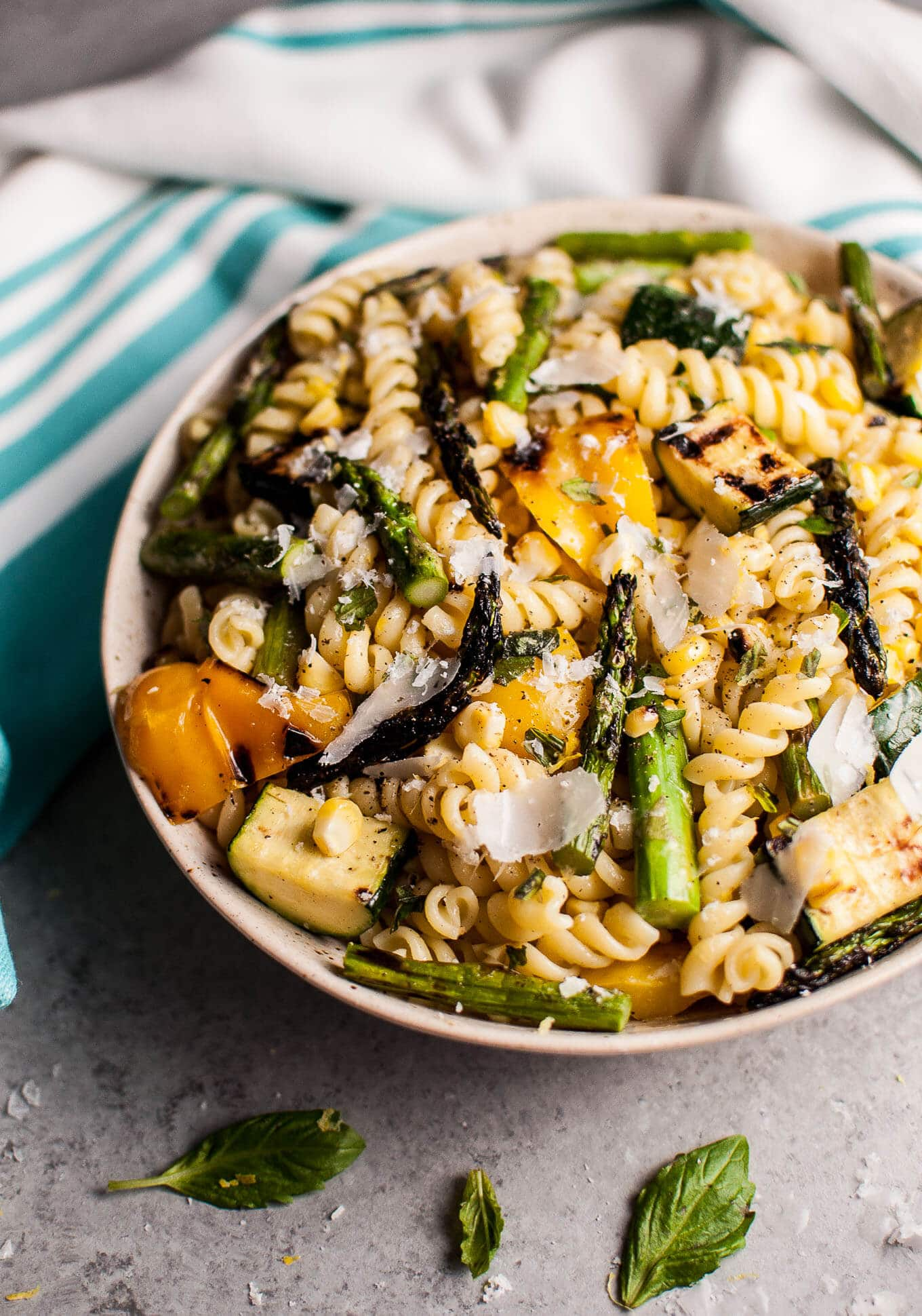 30 Days of Healthy Grilling Recipes - Grilled Summer Vegetable Pasta Salad via Salt and Lavender | http://www.roseclearfield.com
