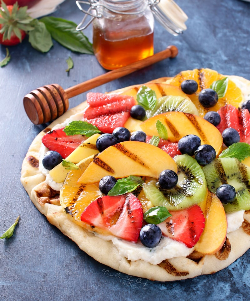 30 Days of Grilled Desserts - Grilled Fruit Pizza with Honey Herbed Ricotta via The Chunky Chef | http://www.roseclearfield.com