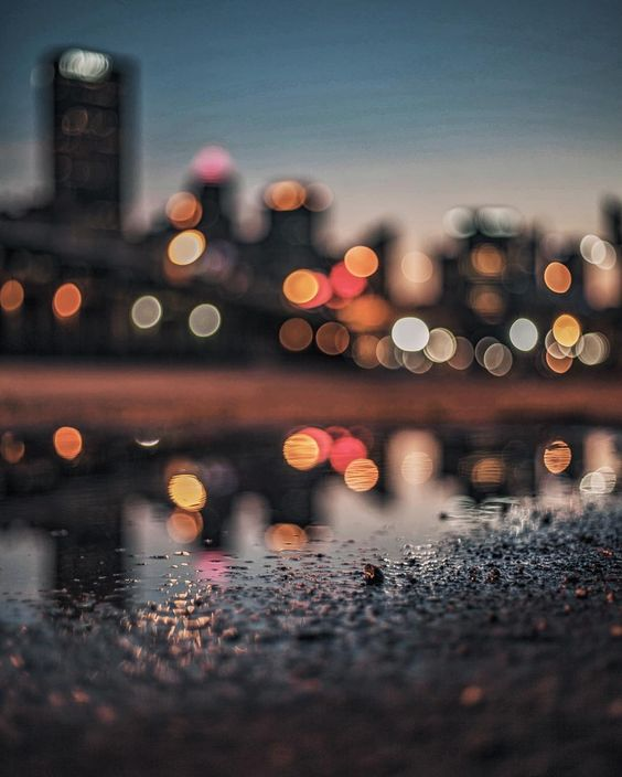 For the Love of Bokeh - Bokeh City Lights in Pittsburgh PA by Lane Ramage Photogrist on Instagram | http://www.roseclearfield.com