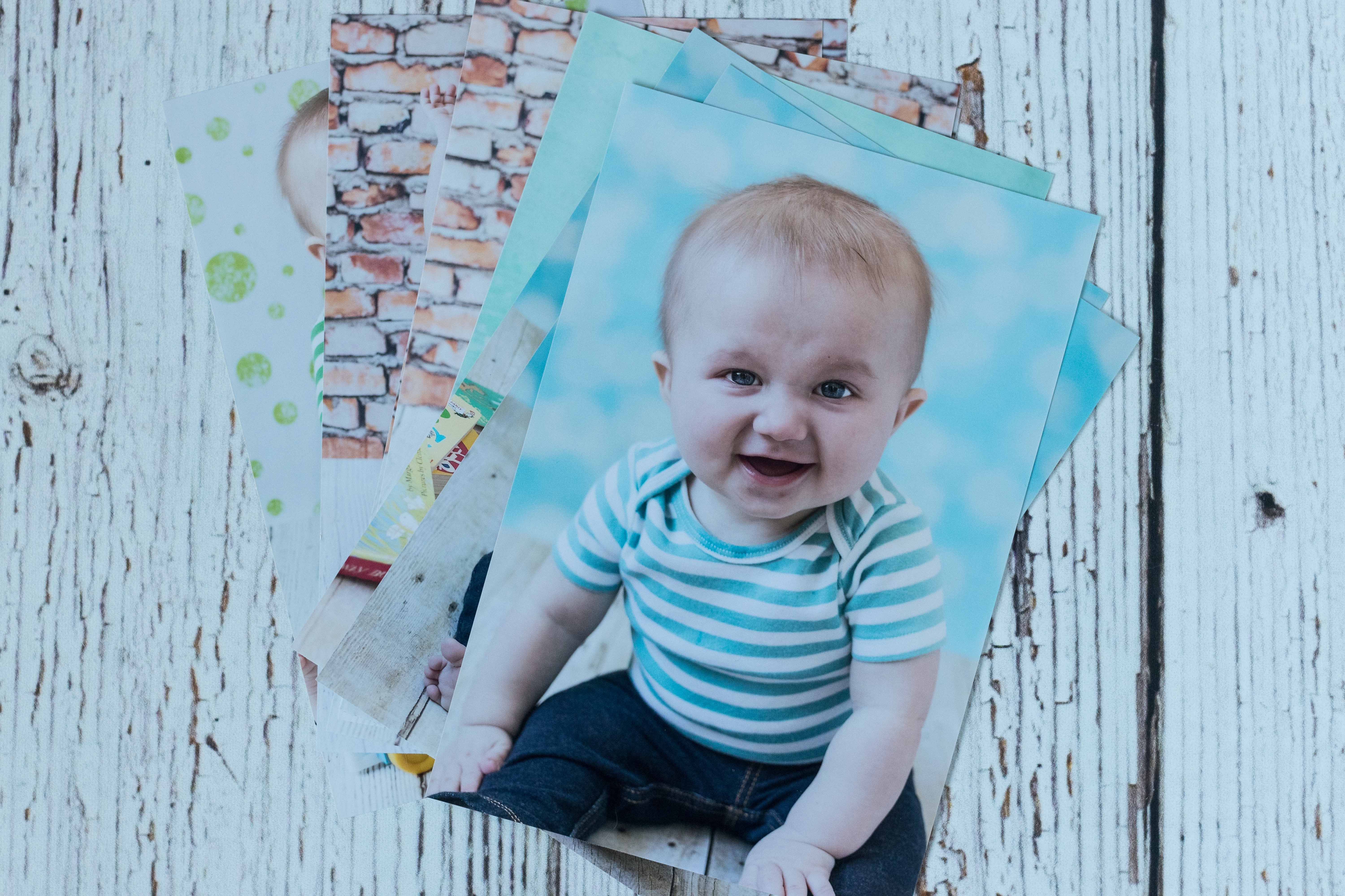 Mother's Day Gift Ideas for Birth Moms - Printed Photos   http://www.roseclearfield.com