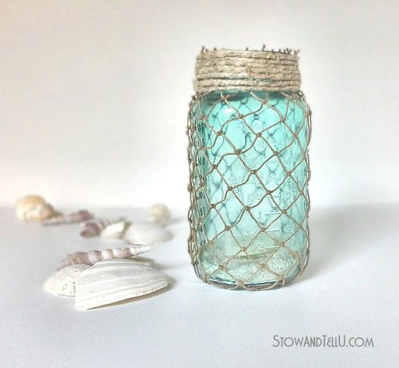 Summer Mason Jar Decor - Fisherman Netting Mason Jar via Stow and Tell U | https://www.roseclearfield.com