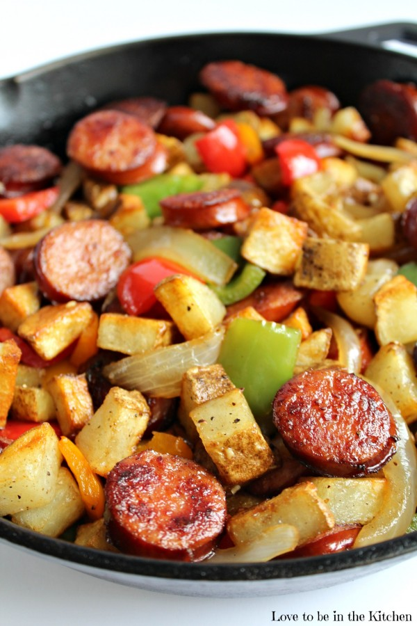 Breakfast for Dinner Ideas - Smoked Sausage Hash via Love to Be in the Kitchen | http://www.roseclearfield.com