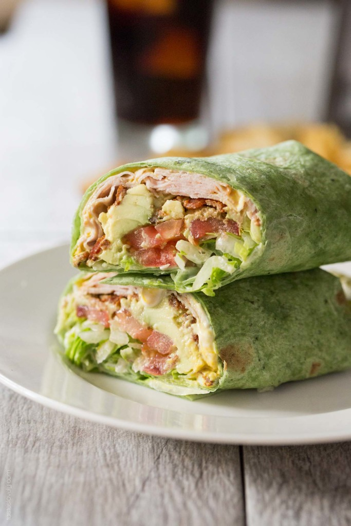 Back to School Healthy Lunches for Adults - California Turkey Club Wrap via Tastes Lovely | http://www.roseclearfield.com