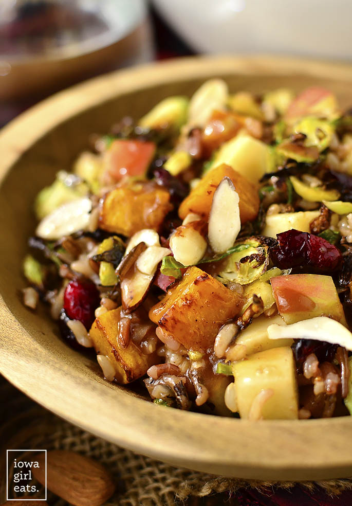 Back to School Healthy Lunches for Adults - Wild Rice Harvest Bowls with Fig Balsamic Vinaigrette via iowagirleats | http://www.roseclearfield.com