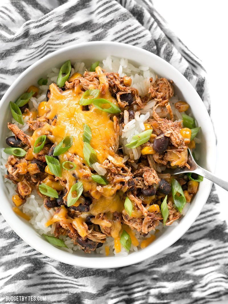 30 Days of Healthy Slow Cooker Dinner Recipes - Slow Cooker Taco Chicken Bowls via Budget Bytes | http://www.roseclearfield.com