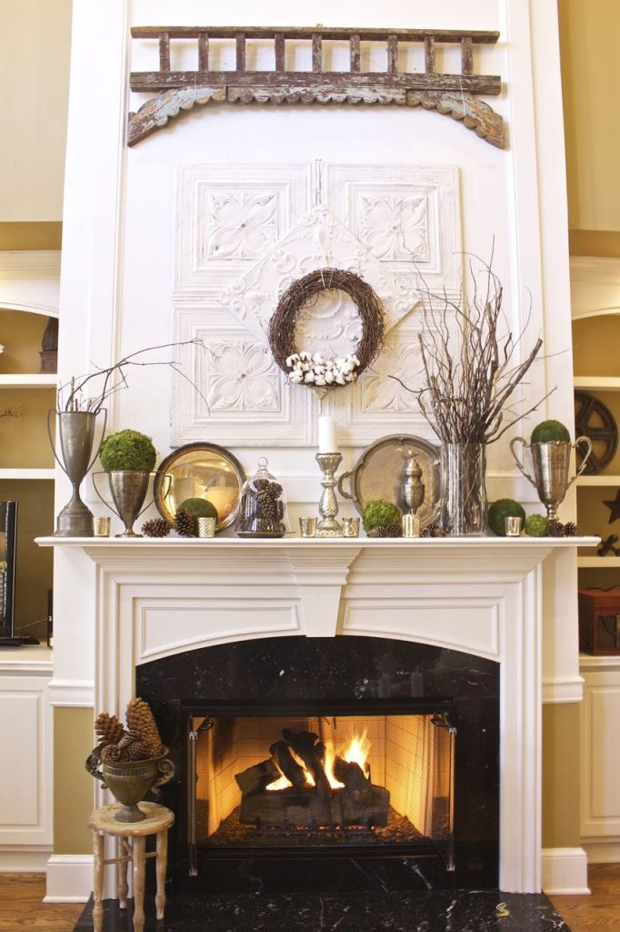 Post-Christmas Winter Mantel Inspiration - Winter Mantel Decor via 2 Bees in a Pod | https://www.roseclearfield.com