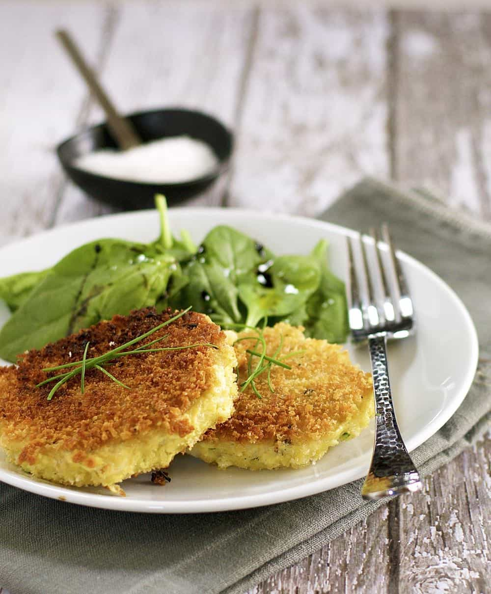 30 Healthy Dinner Recipes for Two - Crispy Fish Cakes for Two via Pinch and Swirl | https://www.roseclearfield.com
