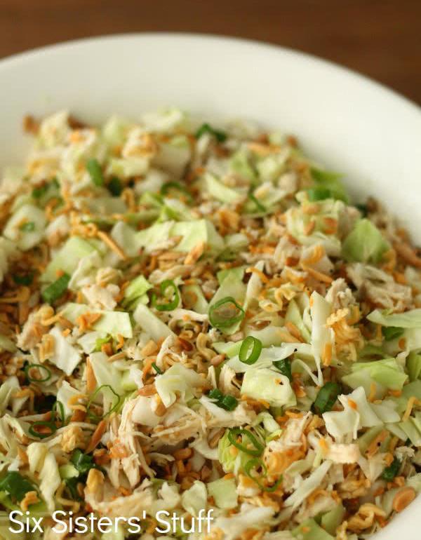 30 Healthy Ramen Noodle Recipes - Ramen Noodle Oriental Chicken Salad Recipe via Six Sisters Stuff   https://www.roseclearfield.com