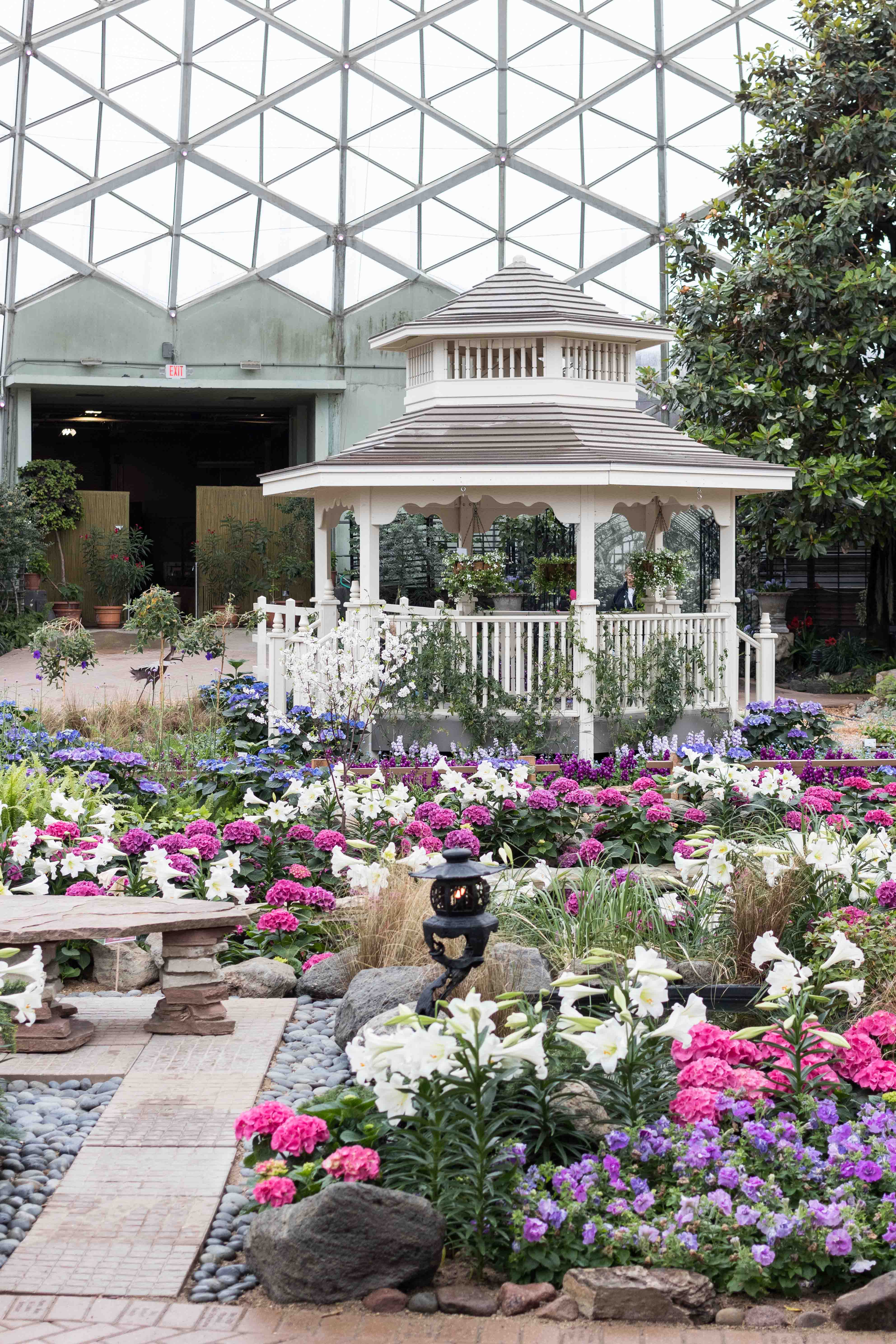 Japanese Zen Garden Spring Floral Show at the Mitchell Park Domes in Milwaukee, WI #Japanesezengarden #floralshow #MitchellParkDomes | https://www.roseclearfield.com