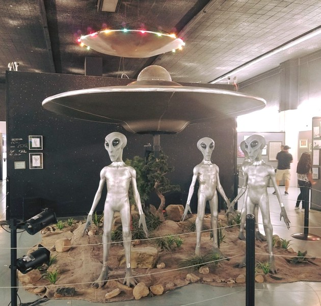 Close Encounters of the Third Kind | Roswell Museum | Rose Colored Water #aliens #ufo #newmexico