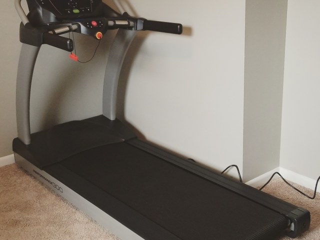 7 Reasons I Bought a Treadmill, Despite its High Cost
