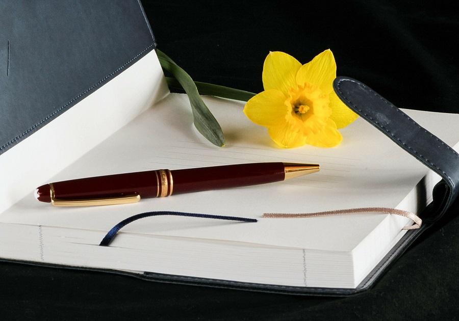 daffodil- meaningful funeral