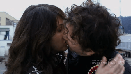 Nate and Sophie kiss