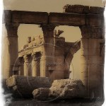 arches and columns: roman ruins at Palmyra