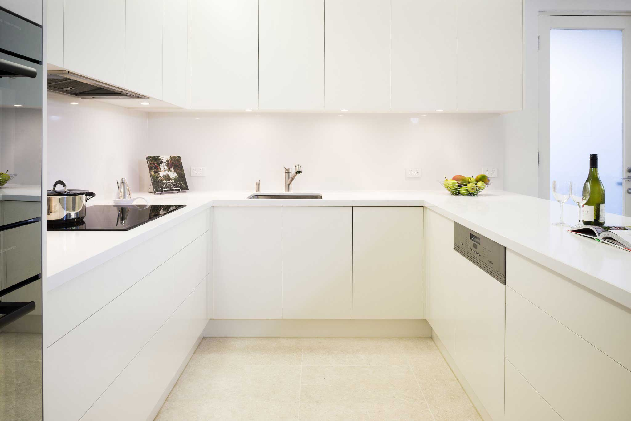 kitchen handles wood mode kitchens handleless rosemount image of a melbourne with cabinetry