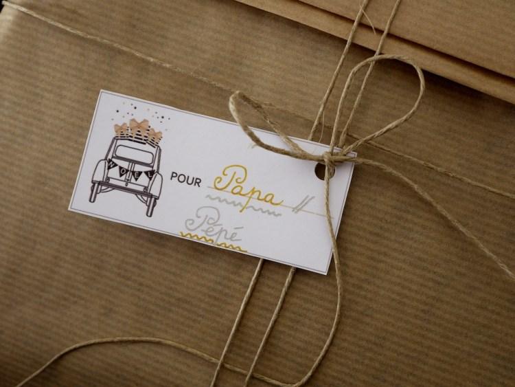paquets cadeaux étiquettes
