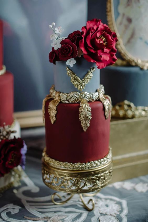 Top 20 Luxury Vintage Baroque Wedding Cakes  Roses  Rings