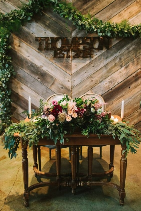 20 Rustic Country Wedding Head Sweetheart Table Ideas Roses Amp Rings