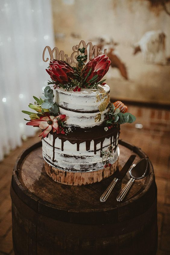 Top 20 Yammy Drip Wedding Cakes  Roses  Rings