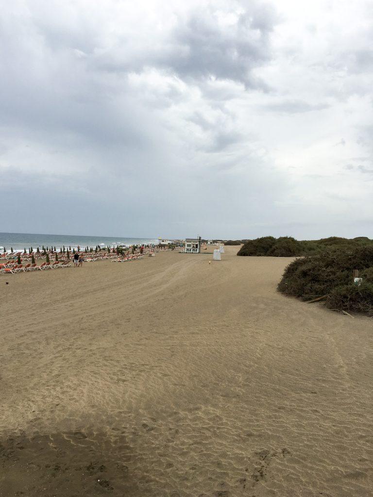 Playa_del_Inglés_a_Grande_Canarie_sud