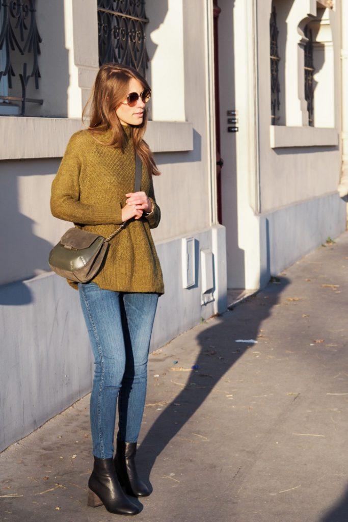 sun_Paris_green_bag_Sandro