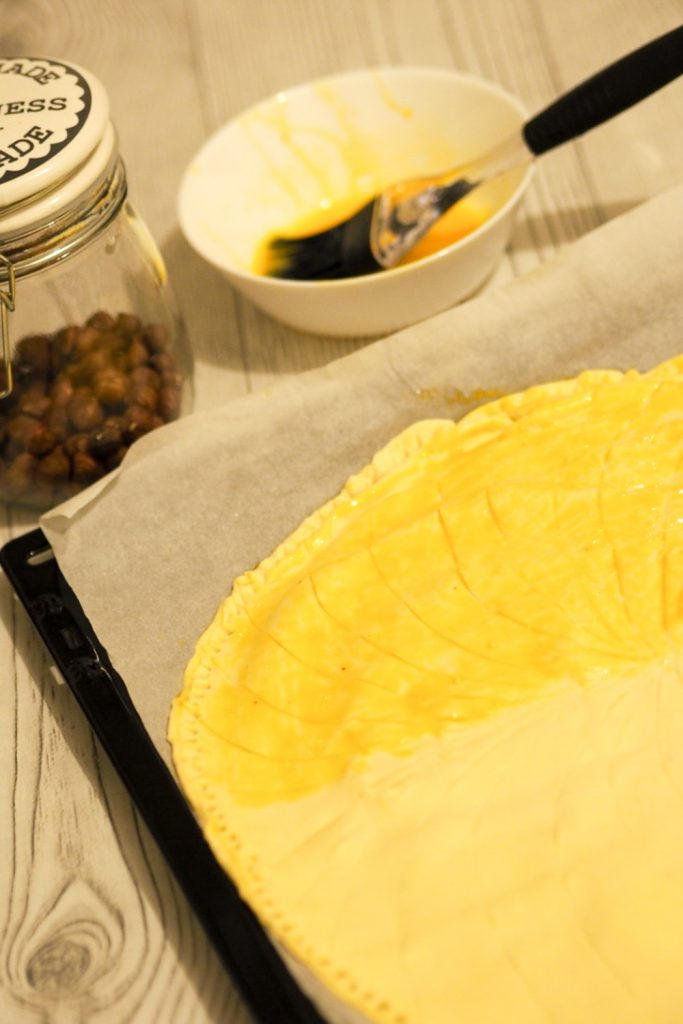 finishing_the_Kings_cake_puffy_pastry
