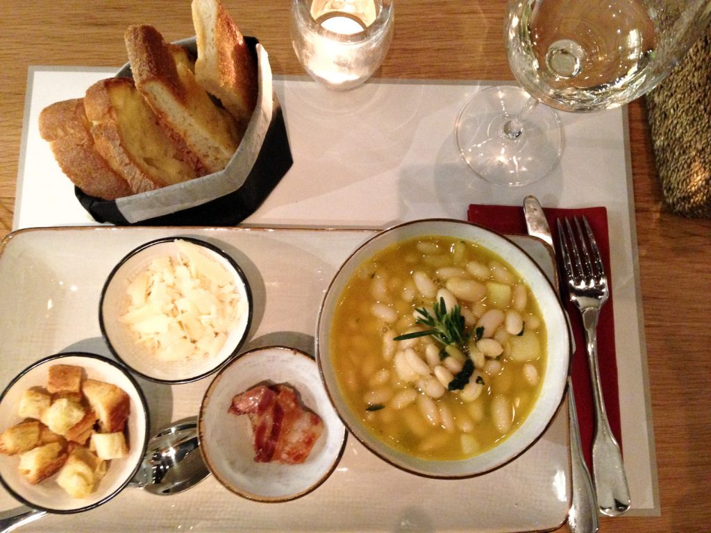 delicious_beans_soup_Italy