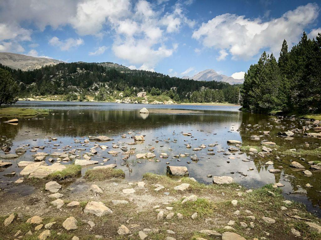 beautiful_lake_France